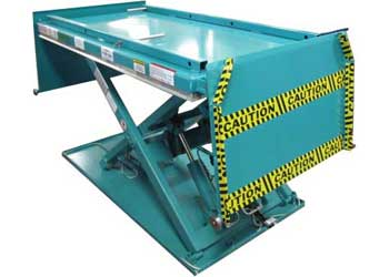Low Profile Lift Table With Hinged Ramp